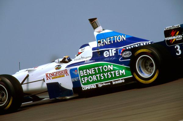 Nurburgring, Germany.26-28 April 1996.Gerhard Berger (Benetton B196 Renault) 9th position.Ref-96 EUR 12.World Copyright - LAT Photographic