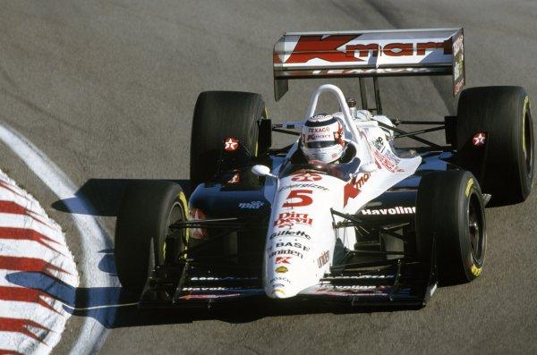 1993 Cart Indycar Series. Laguna Seca, CA, USA 3 October 1993. Nigel Mansell (Lola T93/00-Cosworth) Ref: 93 Indy 05 World Copyright: LAT Photographic.