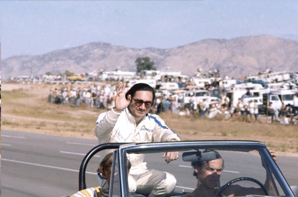 1970 Can-Am Challenge Cup.CanAm race. Riverside, California, United States (USA). 1 November 1970.Pedro Rodriguez (BRM P154-Chevrolet), 3rd position. Portrait, driver parade.World Copyright: LAT PhotographicRef: 35mm transparency 70CANAM35