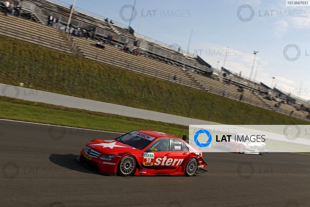 16.09 2011, Oschersleben, Germany - Renger van der Zande (NED), stern AMG Mercedes C-Klasse (2008), Ralf Schumacher (GER), Salzgitter AMG Mercedes C-Klasse (2009) - DTM 2011 - Deutsche Tourenwagen Masters at Oschersleben - Photo: Michael Schaefer/RACE-PRESS comRef: Digital Image dne1117se601