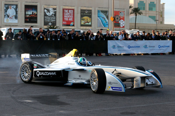 5-6 January, 2014, Las Vegas, Nevada USA Former F1 driver Lucas di Grassi does a driving demonstration of the new Spark-Renault SRT_01E Formula E car ©2014, Lesley Ann Miller LAT Photo USA