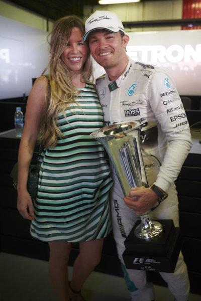 Circuit de Catalunya, Barcelona, Spain. Sunday 10 May 2015. Nico Rosberg, Mercedes AMG, 1st Position, celebrates with his wife Vivian Sibold. World Copyright: Steve Etherington/LAT Photographic. ref: Digital Image SNE10484