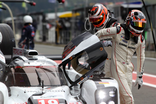 2015 FIA World Endurance Championship, Spa-Francorchamps, Belgium. 30th April - 2nd May 2015. Nicolas Hulkenberg / Earl Bamber / Nick Tandy Porsche Team Porsche 919 Hybrid. World Copyright: Ebrey / LAT Photographic.