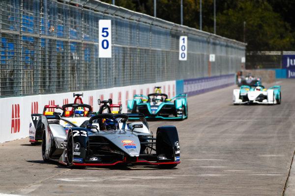 Sébastien Buemi (CHE), Nissan e.Dam, Nissan IMO1 leads Lucas Di Grassi (BRA), Audi Sport ABT Schaeffler, Audi e-tron FE05, Nelson Piquet Jr. (BRA), Panasonic Jaguar Racing, Jaguar I-Type 3, and Oliver Turvey (GBR), NIO Formula E Team, NIO Sport 004