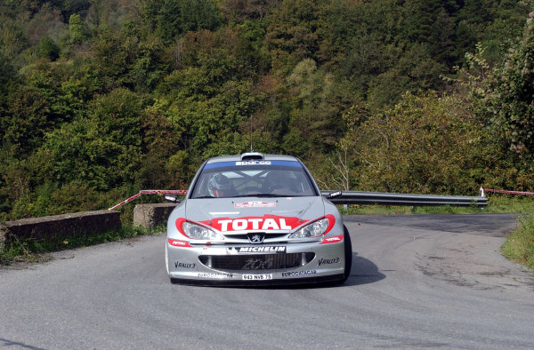 2002 World Rally Championship.Rallye d'Italia, 20-22 September.Sanremo, Italy.Harri Rovanpera during shakedown.Photo: Ralph Hardwick/LAT