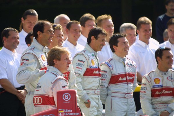 2001 Le Mans 24 HoursLe Mans, France. 13th June 2001.The Audi squad relax before the race.World Copyright: John Brooks/LAT Photographicref: Digital Image Only