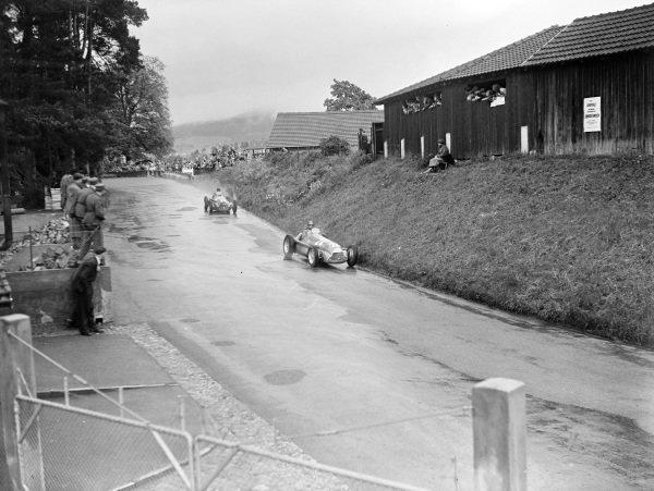 Juan Manuel Fangio, Alfa Romeo 159, leads Giuseppe Farina, Alfa Romeo 159.