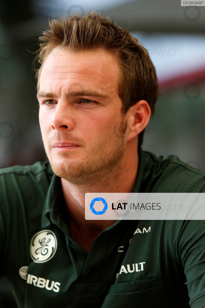Bahrain International Circuit, Sakhir, Bahrain Thursday 18th April 2013 Giedo van der Garde, Caterham F1.  World Copyright: Charles Coates/LAT Photographic ref: Digital Image _N7T8144