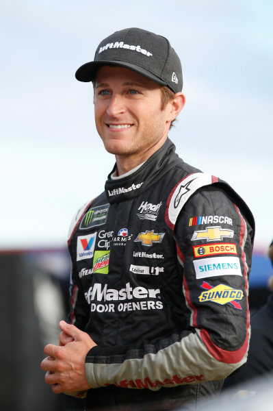 Monster Energy NASCAR Cup Series Coca-Cola 600 Charlotte Motor Speedway, Concord, NC USA Thursday 25 May 2017 Kasey Kahne, Hendrick Motorsports, Liftmaster Chevrolet SS World Copyright: Matthew T. Thacker LAT Images ref: Digital Image 17CLT2mt1156