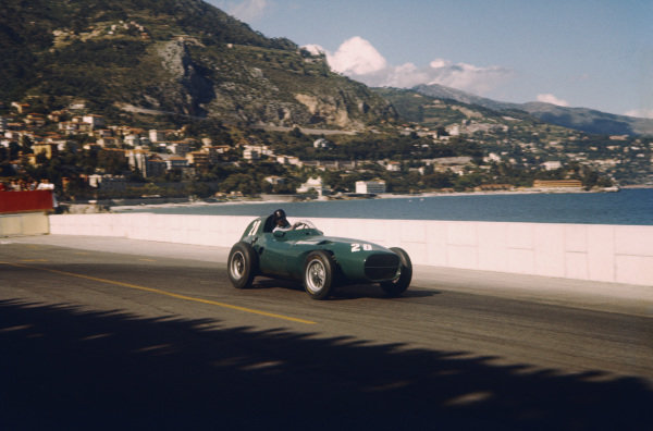 Monte Carlo, Monaco. 16-19 May 1957. Tony Brooks (Vanwall VW7) 2nd position. Ref-57 MON 11. World Copyright - LAT Photographic