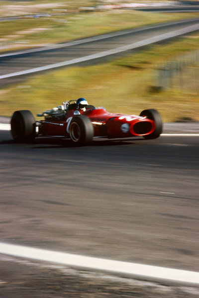 Jarama, Spain. 12 May 1968. Rd 2. Jacky Ickx (Ferrari 312), retired, action. World Copyright: LAT Photographic. Ref: 68ESP06.