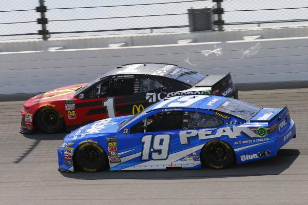 #19: Daniel Suarez, Joe Gibbs Racing, Toyota Camry PEAK and #1: Jamie McMurray, Chip Ganassi Racing, Chevrolet Camaro McDonald's/Cessna