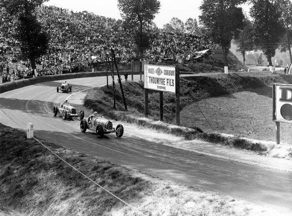 1934 Dieppe Grand Prix. Dieppe, France. 22 July 1934. Jean Gaupillat (Bugatti T51) leads Goffredo Zehender (Maserati 8CM) and Tim Rose-Richards (Bugatti T51). World Copyright: LAT Photographic Ref: Autocar Glass Plate C4328