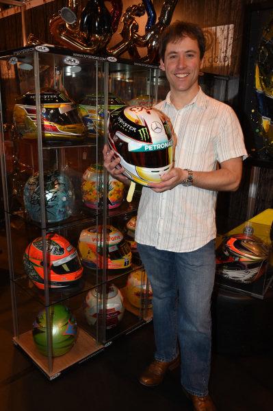 Jason Fowler (GBR) JLF Designs with Lewis Hamilton (GBR) Mercedes AMG F1 helmet. Autosport International Show, NEC, Birmingham, England, 8 January 2015.