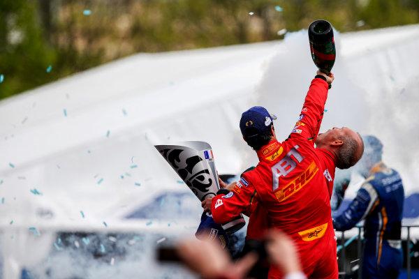 2015/2016 FIA Formula E Championship. Paris ePrix, Paris, France. Saturday 23 April 2016. Lucas Di Grassi (BRA), ABT Audi Sport FE01. Photo: Glenn Dunbar/LAT/Formula E ref: Digital Image _W2Q2376