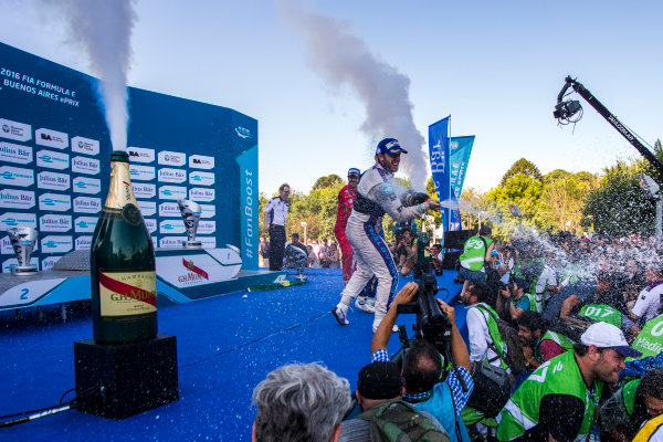 2015/2016 FIA Formula E Championship. Buenos Aires ePrix, Buenos Aires, Argentina. Saturday 6 February 2016. Sam Bird (GBR), DS Virgin Racing DSV-01, Sebastien Buemi (SUI), Renault e.Dams Z.E.15 and Lucas Di Grassi (BRA), ABT Audi Sport FE01. Photo: Zak Mauger/LAT/Formula E ref: Digital Image _L0U1732