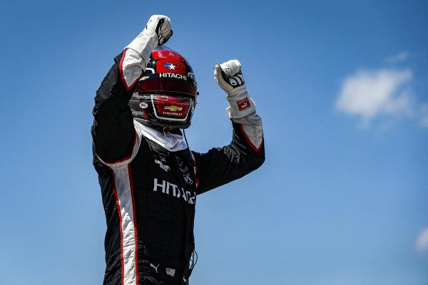 #2: Josef Newgarden, Team Penske Chevrolet wins the NTT P1 Pole Award