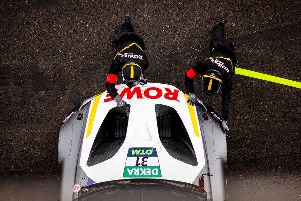 Sheldon van der Linde, ROWE Racing BMW M6 GT3.