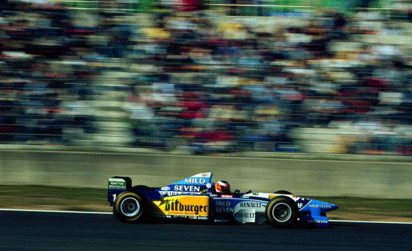 1995 Pacific Grand Prix.Tanaka International, Aida, Japan.20-22 October 1995.Michael Schumacher (Benetton B195 Renault) 1st position clinching his second World Championship.World Copyright - LAT Photographic