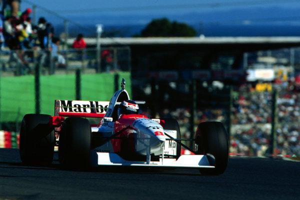 1995 Japanese Grand Prix.Suzuka, Japan.27-29 October 1995.Mika Hakkinen (McLaren MP4/10B Mercedes) 2nd position.World Copyright - LAT Photographic