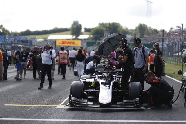 HUNGARORING, HUNGARY - AUGUST 03: Nyck De Vries (NLD, ART GRAND PRIX) during the Hungaroring at Hungaroring on August 03, 2019 in Hungaroring, Hungary. (Photo by Sam Bloxham / LAT Images / FIA F2 Championship)