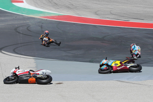 Xavi Vierge, Marc VDS Racing, Joe Roberts, Swiss Innovative Investors, Fabio Di Giannantonio, Speed Up Racing crash