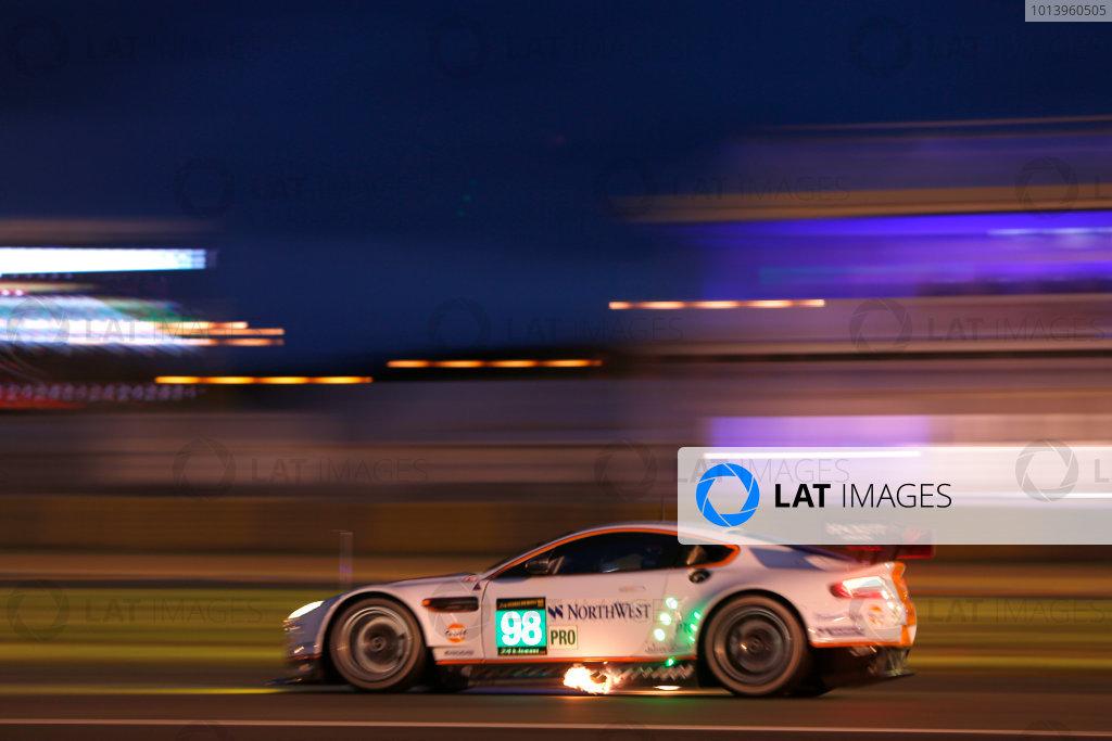 Circuit de La Sarthe, Le Mans, France. 19th - 23rd June 2013. Bill Auberlen/Paul dalla Lana/Pedro Lamy, Aston Martin Racing (Prodive), No.98 Aston Martin Vantage GTE, Action. Night. . Worldwide Copyright: Alastair Staley/  ref: Digital Image _R6T0460