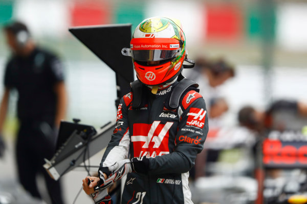 Suzuka Circuit, Japan. Saturday 08 October 2016. Esteban Gutierrez, Haas F1, in Parc Ferme after qualifying. World Copyright: Steven Tee/LAT Photographic ref: Digital Image _O3I6227