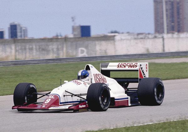 1989 Brazilian Grand Prix.Jacarepagua, Rio de Janeiro, Brazil.24-26 March 1989.Derek Warwick (Arrows A11 Ford) 5th position.Ref-89 BRA 32.World Copyright - LAT Photographic