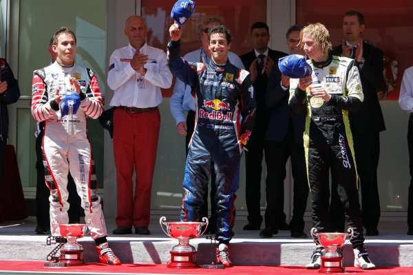 MONTE-CARLO, MONACO - 29 MAY 2011: Daniel Ricciardo (AUS) (C), #3 ISR, celebrating his victory on the podium with 2nd place Robert Wickens (CAN) (L), #6 Carlin, and Brendon Hartley (NZL) (R), #28 Gravity - Charouz Racing, after the race for round 4 of the Formula Renault 3 5 Series during the Grand Prix de Monaco. © 2011 Ronald Fleurbaaij / LAT Photographic