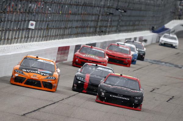 #31: Jordan Anderson, Jordan Anderson Racing, Chevrolet Camaro Bommarito.com, #66: David Starr, Motorsports Business Management, Toyota Supra Caron Towing & Repair