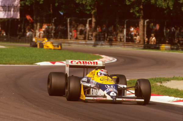 Monza, Italy.4-6 September 1987.Nelson Piquet (Williams FW11B Honda) 1st position.Ref-87 ITA 16.World Copyright - LAT Photographic