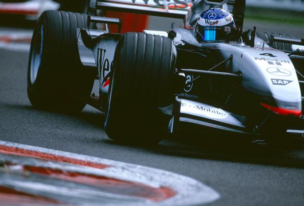2002 Belgian Grand Prix.Spa-Francorchamps, Belgium. 30/8-1/9 2002.Kimi Raikkonen (McLaren MP4/17 Mercedes).Ref-02 BEL 40.World Copyright - Bellanca/LAT Photographic