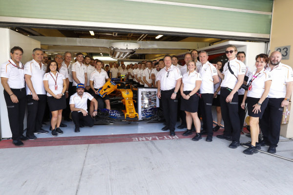 The McLaren team gather to say farewell to Stoffel Vandoorne, McLaren before his final race with the team