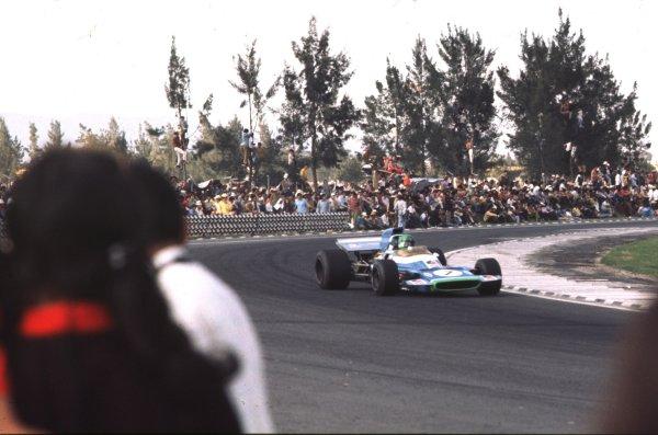 1970 Mexican Grand Prix.Mexico City, Mexico.23-25 October 1970.Henri Pescarolo (Matra-Simca MS120) 9th position.Ref-70 MEX 39.World Copyright - LAT Photographic