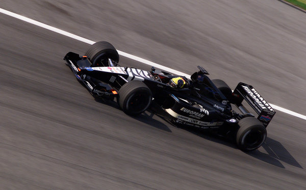 2001 Malaysian Grand Prix.Sepang, Kuala Lumpur, Malaysia. 16-18 March 2001.Tarso Marques (Minardi PS01 European).World Copyright - Steve Etherington/LAT Photographic.ref: 18mb Digital Image