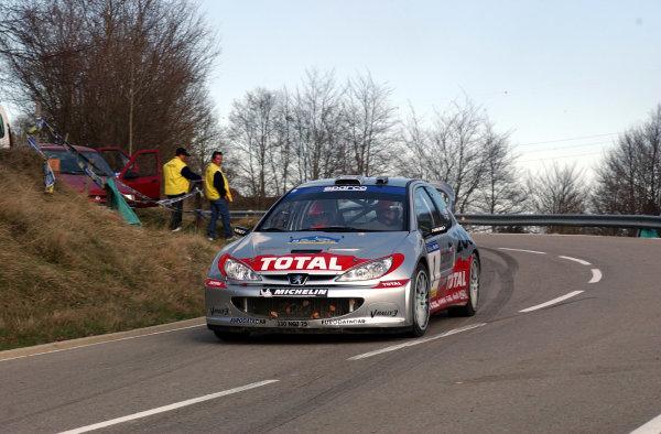 2002 World Rally ChampionshipRally Catalunya, 21st-24th March 2002.Richard Burns on Stage 11.Photo: Ralph Hardwick/LAT