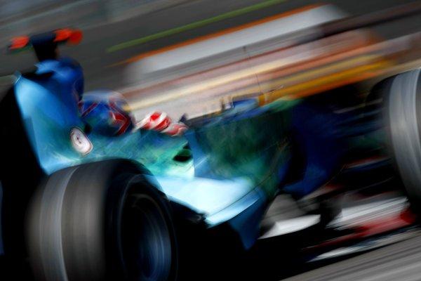 2007 Italian Grand PrixAutodromo di Monza, Monza, Italy.7th - 9th September 2007.Jenson Button, Honda RA107. Action.World Copyright: Glenn Dunbar/LAT Photographicref: Digital Image _O9T0890