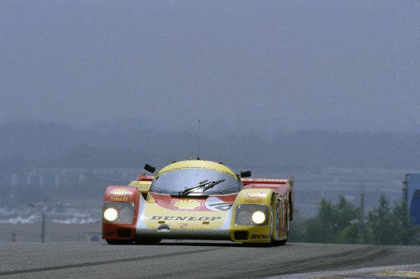 Le Mans, France. 11th - 12th June 1988 Bob Wollek/Sarel van der Merwe/Vern Schuppan Porsche 962C, retired, action. World Copyright: LAT Photographic ref: 88LM55