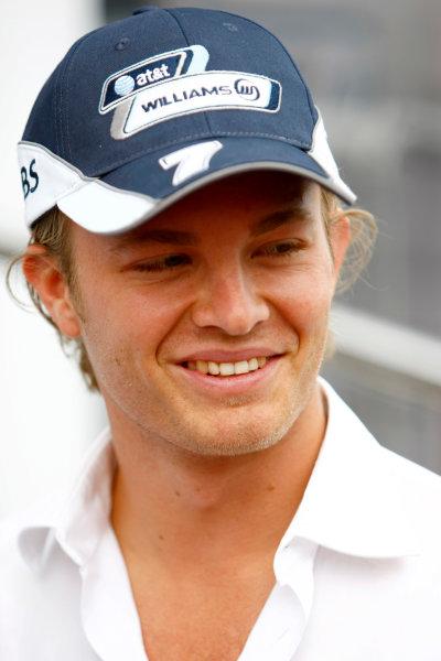 Spa Francorchamps, Spa, Belgium.4th September 2008.Nico Rosberg, Williams FW30 Toyota. Portrait.World Copyright: Charles Coates/LAT Photographicref: Digital Image _26Y3883