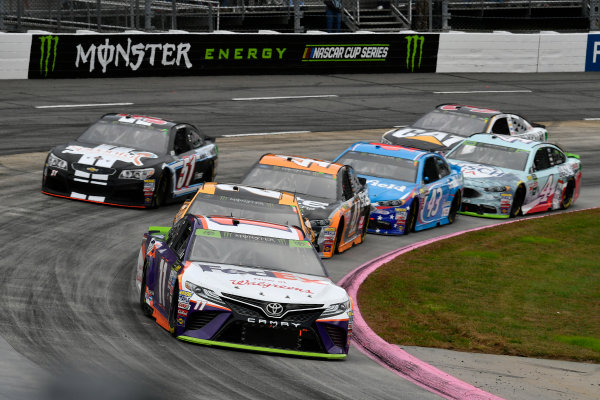 Monster Energy NASCAR Cup Series First Data 500 Martinsville Speedway, Martinsville VA USA Sunday 29 October 2017 Denny Hamlin, Joe Gibbs Racing, FedEx Walgreens Toyota Camry World Copyright: Scott R LePage LAT Images ref: Digital Image lepage-171029-mart-8101