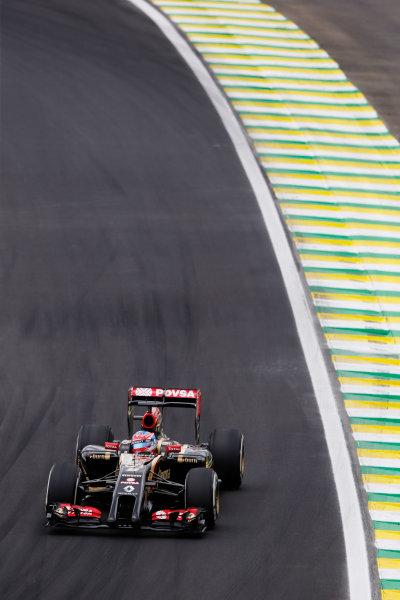 Interlagos, Sao Paulo, Brazil. Saturday 8 November 2014. Romain Grosjean, Lotus E22 Renault. World Copyright: Charles Coates/LAT Photographic. ref: Digital Image _N7T9656