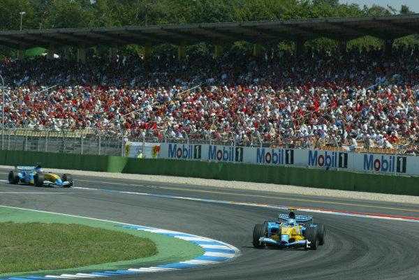 2003 German Grand Prix - Sunday Race, Hockenheim, Germany.3rd August 2003.Jarno Trulli, Renault R23, leads Fernando Alonso, Renault R23, action.World Copyright LAT Photographic.Digital Image Only.