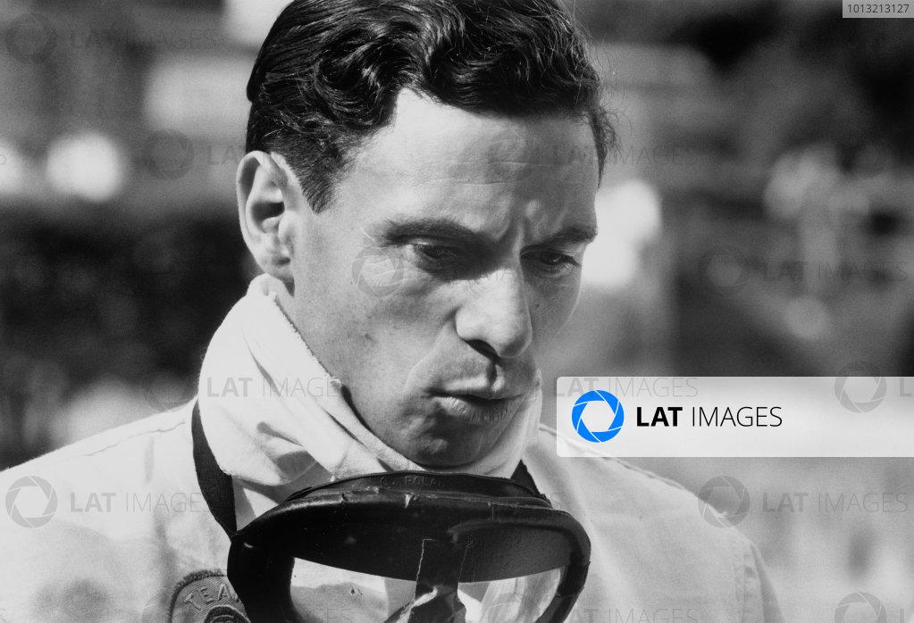 Jim Clark, Lotus, portrait. World Copyright: LAT Photographic. Ref: L66/367/1