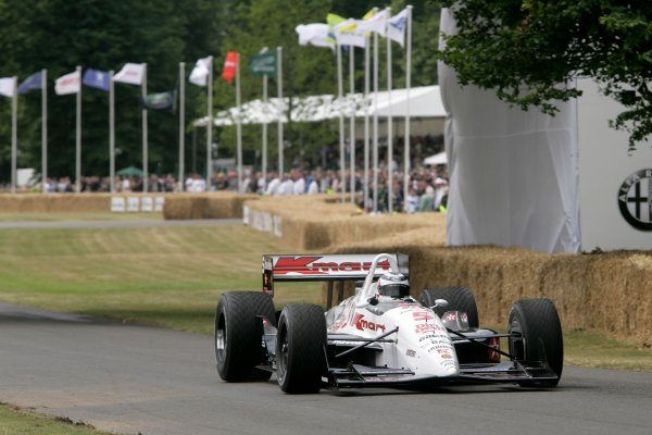 2006 Goodwood Festival of Speed.Goodwood Estate, West Sussex. 7th - 9th July 2006.Nigel Mansell, Lola T93/06 Indycar.World Copyright: Gary Hawkins/LAT Photographic.ref: Digital Image Only.