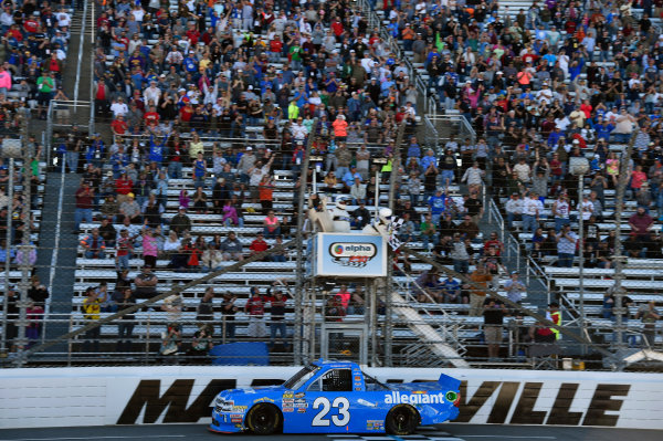 NASCAR Camping World Truck Series Alpha Energy Solutions 250 Martinsville Speedway, Martinsville, VA USA Saturday 1 April 2017 Chase Elliott takes the checkered flag and the win World Copyright: Nigel Kinrade/LAT Images ref: Digital Image 17MART1nk04949