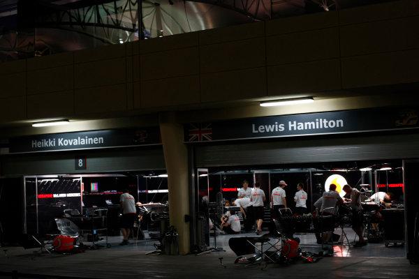 Bahrain International Circuit, Sakhir, Bahrain24th April 2009The McLaren garage at night. Garages. Atmosphere. World Copyright: Charles Coates/LAT Photographicref: Digital Image _26Y0778
