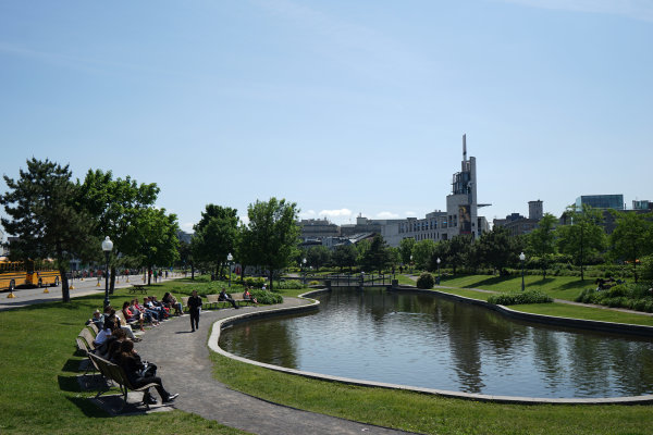 Circuit Gilles Villeneuve, Montreal, Canada. Wednesday 3 June 2015. A pond in Montreal. World Copyright: Glenn Dunbar/LAT Photographic. ref: Digital Image DSC00415