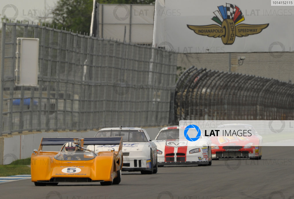 6-8 June, 2014, Indianapolis, Indiana, USA #8 1971 McLaren M8F followed by  NASCAR vintage cars ?2014 Dan R. Boyd LAT Photo USA