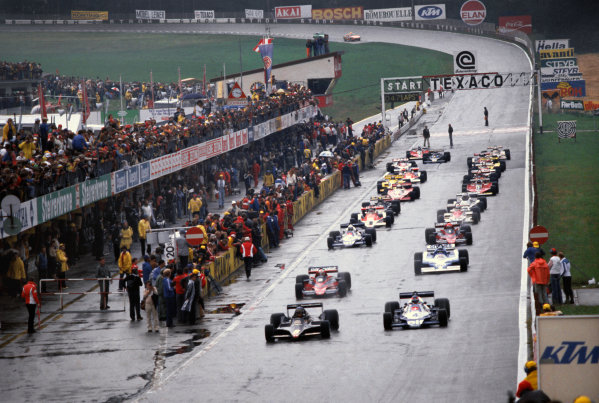 Osterreichring, Zeltweg, Austria. 11-13 August 1978. Ronnie Peterson (Lotus 79 Ford) leads Carlos Reutemann (Ferrari 312T3) Jacques Laffite (Ligier JS9 Matra) and Mario Andretti (Lotus 79 Ford) at the start, action.  World Copyright: LAT Photographic. Ref: 78AUT18